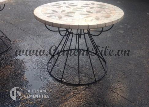 Handmade mosaic table CTS 02