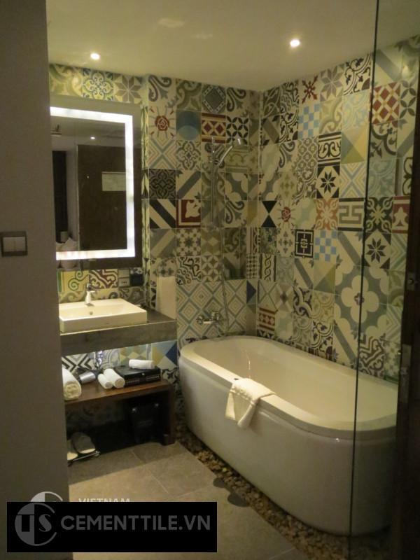 Trang trí nhà tắm ấn tượng và độc đáo bằng gạch bông