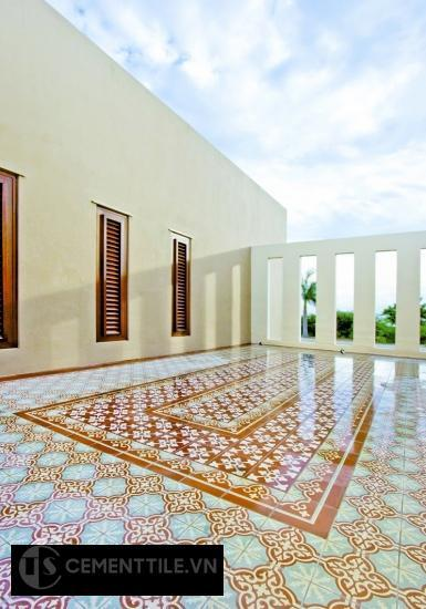Trang trí gạch bông hình tấm thảm